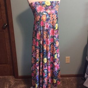 Floral LuLaRoe Maxi Medium